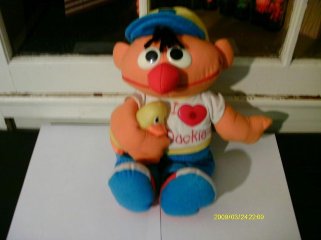 Magic Light Ernie, Tyco.  Found on eBay.  Score: 1.83