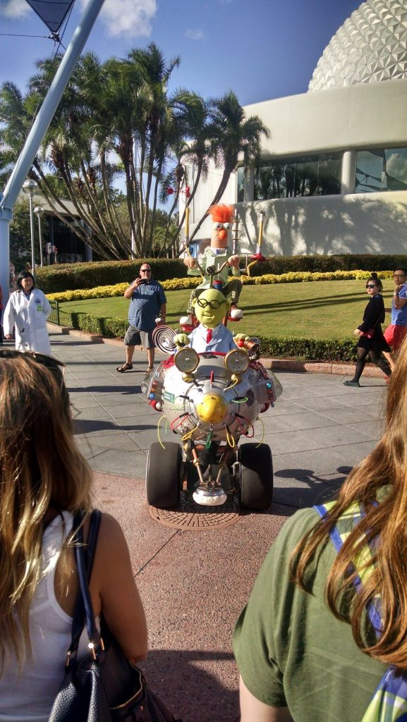 muppet-mobile-lab-head-on